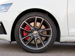 Škoda Octavia Combi RS 2.0 TSI (18)