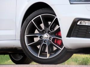 Škoda Octavia Combi RS 2.0 TSI (34)