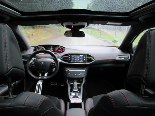 Peugeot 308 SW GT 2018 (37)