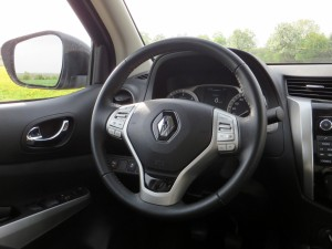 Renault Alaskan 2,3 dci 4x4 2018 (30)