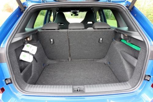 Škoda Kamiq SUV 2020 (6)