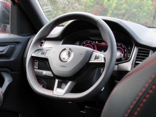 Nová Škoda Kodiaq RS (39)