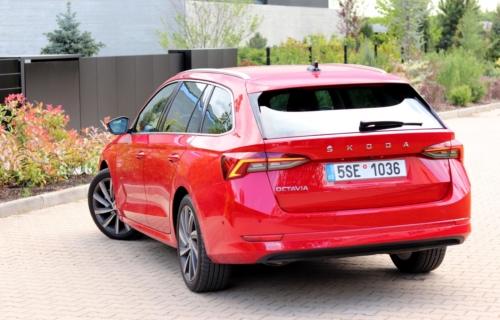 Nová Škoda Octavia Combi (10)