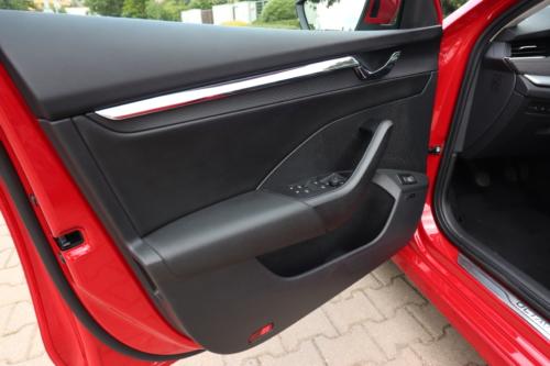 Nová Škoda Octavia Combi (101)