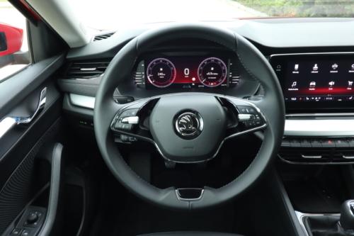 Nová Škoda Octavia Combi (107)
