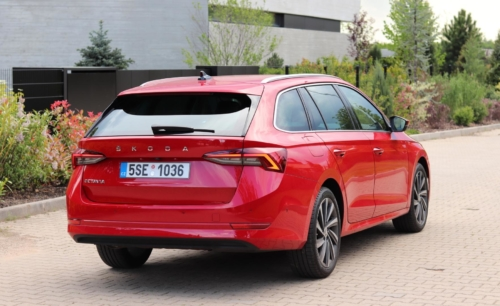 Nová Škoda Octavia Combi (27)