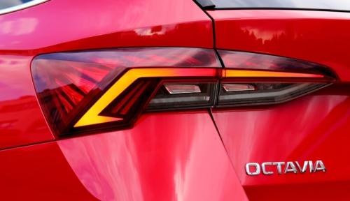 Nová Škoda Octavia Combi (40)