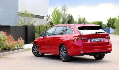 Nová Škoda Octavia Combi (7)