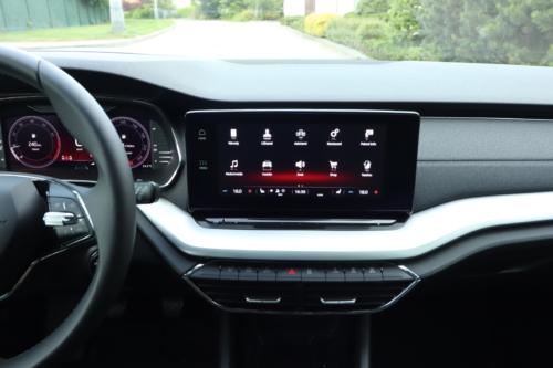 Nová Škoda Octavia Combi (71)