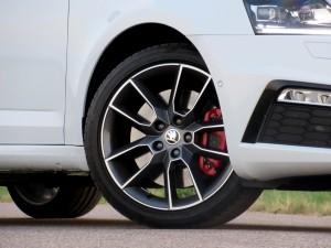Škoda Octavia Combi RS 2.0 TSI (12)