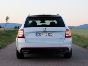 Škoda Octavia Combi RS 2.0 TSI (22)