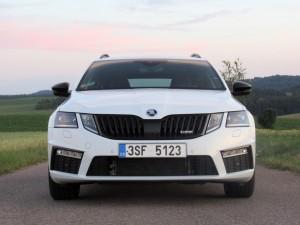 Škoda Octavia Combi RS 2.0 TSI (26)