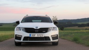 Škoda Octavia Combi RS 2.0 TSI (27)