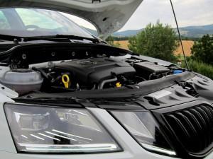 Škoda Octavia Combi RS 2.0 TSI (64)