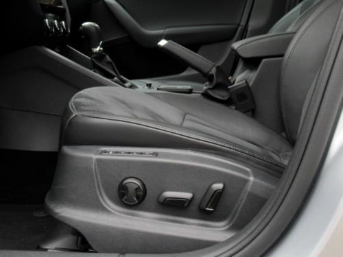 Škoda Octavia Liftback 2019 2,0 tdi 135 kw 4x4 (37)