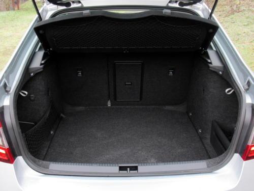 Škoda Octavia Liftback 2019 2,0 tdi 135 kw 4x4 (40)