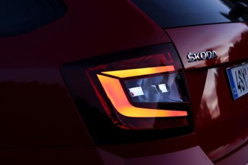 Škoda Octavia Scout 2019 (19)