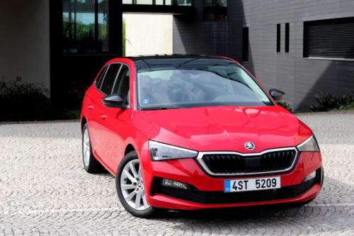 Nová Škoda Scala (100)