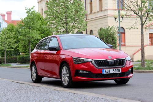 Nová Škoda Scala (120)