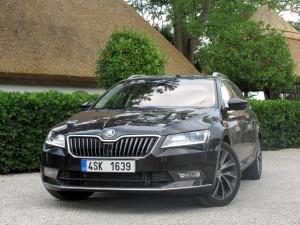 Škoda Superb Combi 2.0 tdi 4x4 (29)