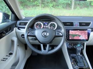 Škoda Superb Combi 2.0 tdi 4x4 (45)