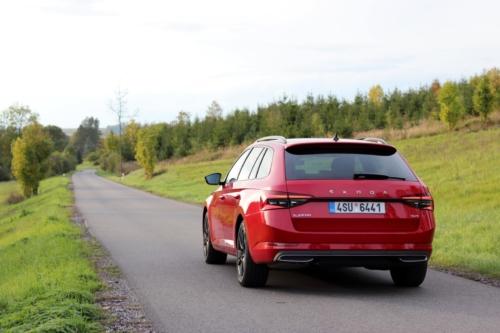 Škoda Superb Combi Sportline (14)