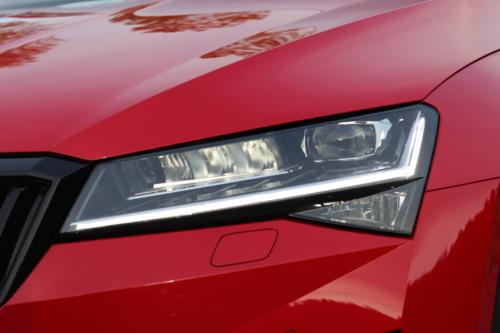 Škoda Superb Combi Sportline (22)