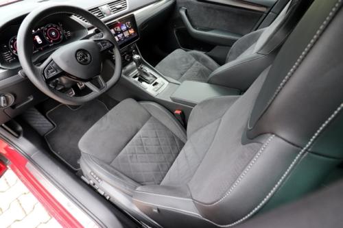 Škoda Superb Combi Sportline (57)