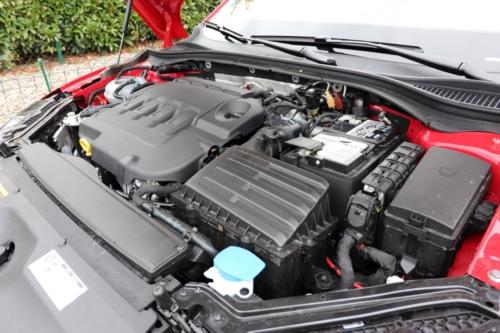 Škoda Superb Combi Sportline (71)