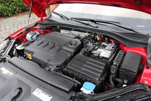 Škoda Superb Combi Sportline (73)