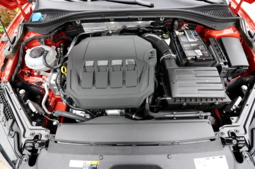 Nová Škoda Superb 2020 (113)