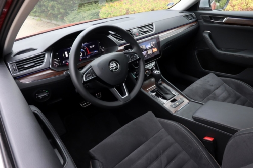 Nová Škoda Superb 2020 (115)