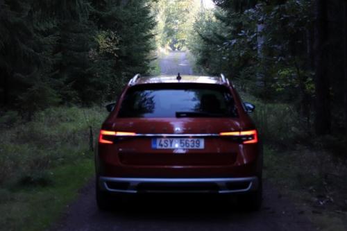 Nová Škoda Superb 2020 (2)