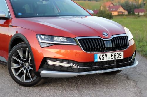 Nová Škoda Superb 2020 (27) (1)