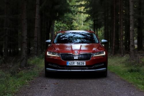 Nová Škoda Superb 2020 (5)