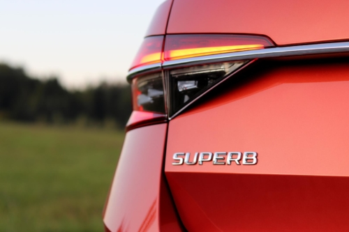 Nová Škoda Superb 2020 (50)