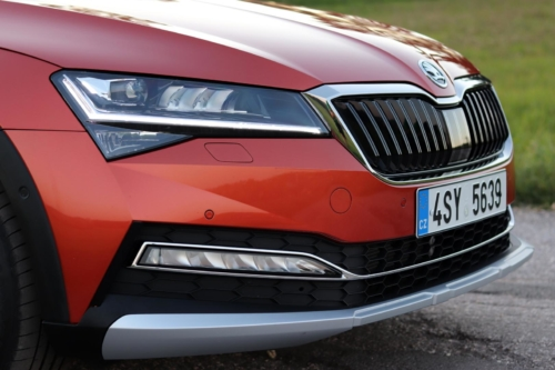 Nová Škoda Superb 2020 (57)