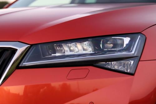 Nová Škoda Superb 2020 (70)