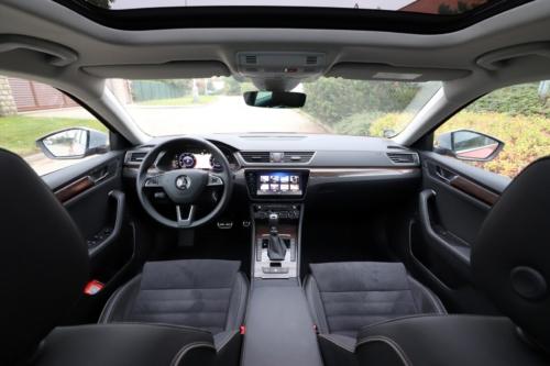 Nová Škoda Superb 2020 (87)