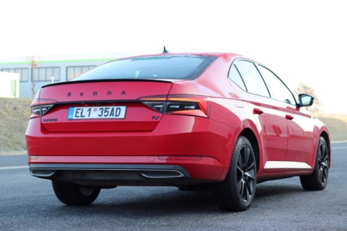 Škoda Superb iV 2020 (24)