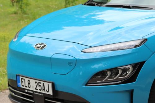 Hyundai-Kona-EV-2021-15