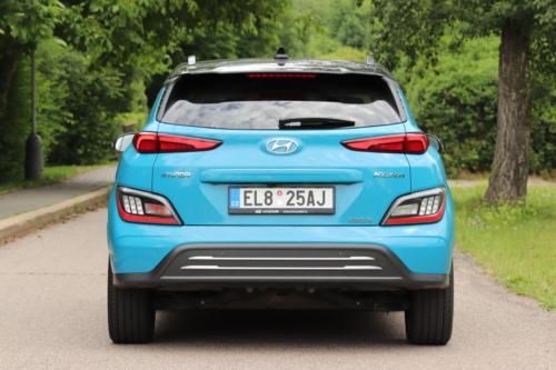 Hyundai-Kona-EV-2021-16