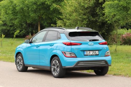 Hyundai-Kona-EV-2021-6