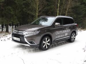 Mitsubishi outlander (1)
