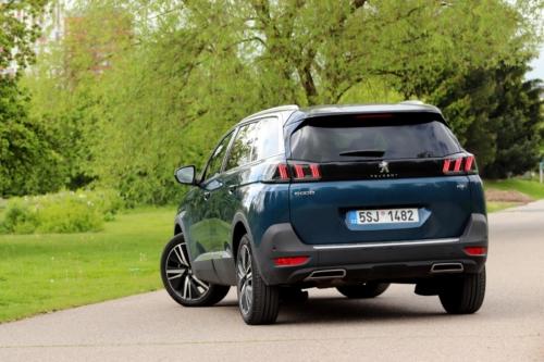New-Peugeot-5008-10