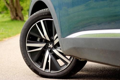New-Peugeot-5008-11
