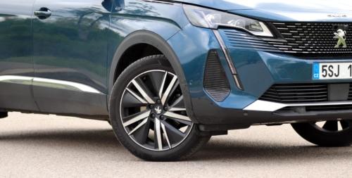 New-Peugeot-5008-5