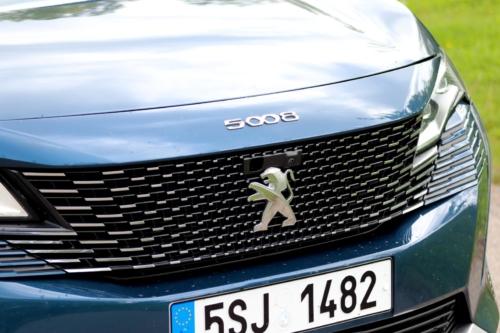 New-Peugeot-5008-9