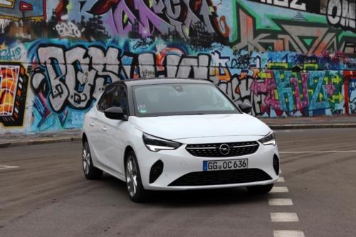 Opel Corsa 2020 (7)