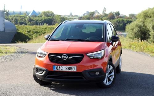 Opel crossland x 2020 (1)